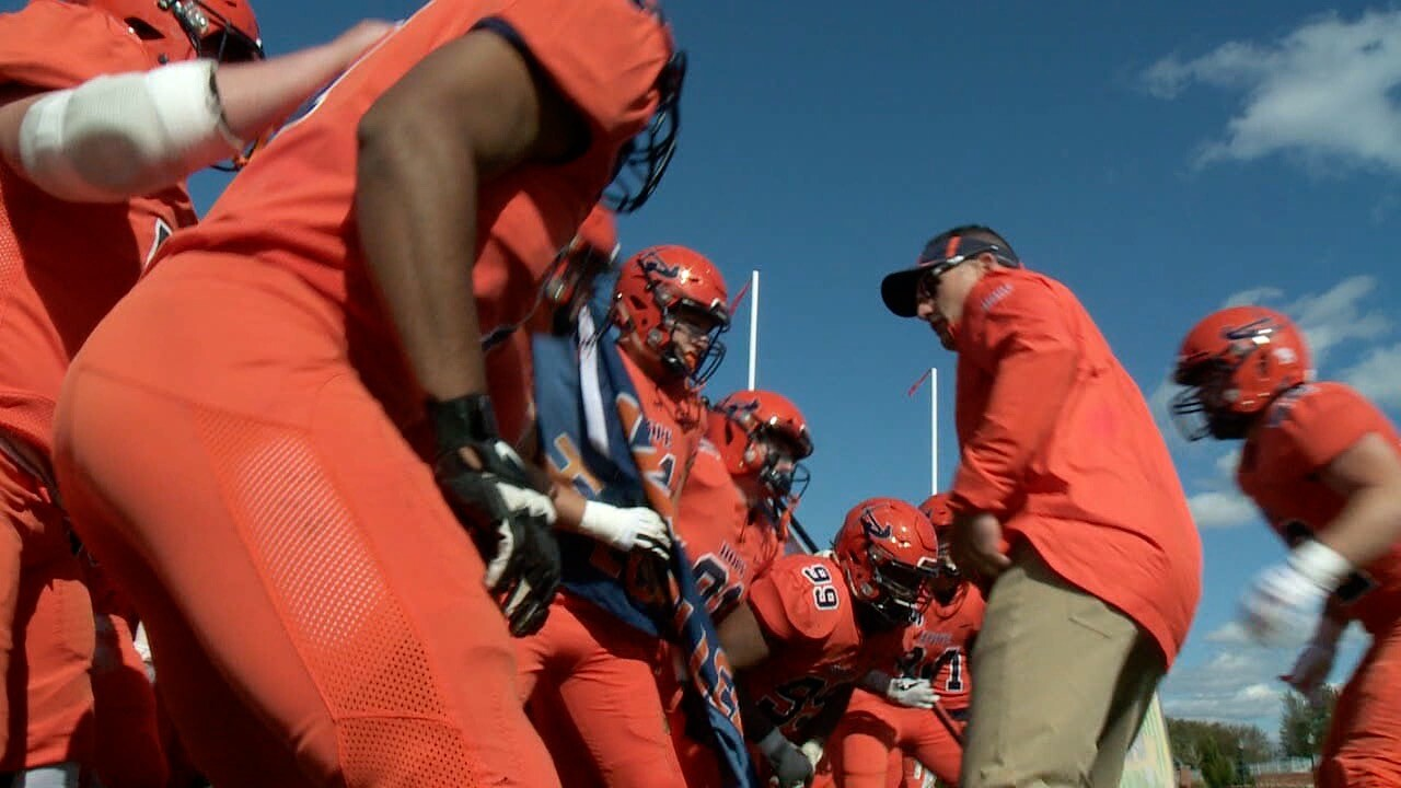 Hope football team moves on after fall sports canceled in MIAA