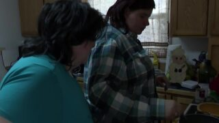 Great Falls family celebrates with traditional Thanksgiving gathering