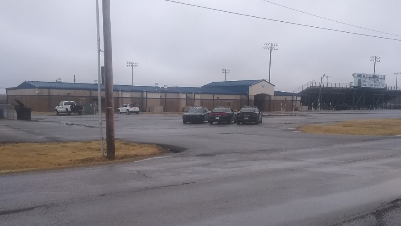 One person in custody after possible active shooter threat at Vinita High School