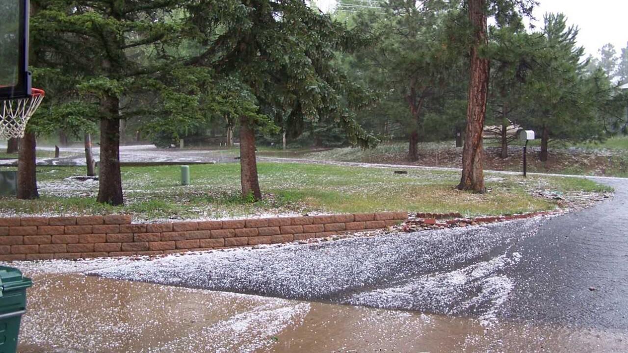 Monument hail