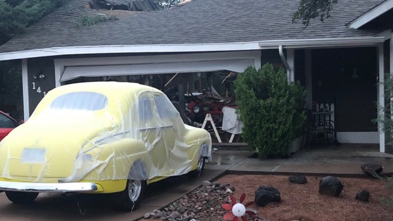 Small plane crashes into Payson home