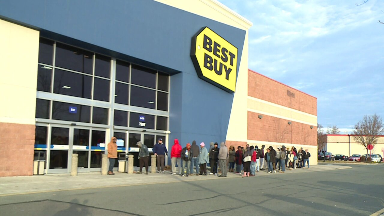 Black Friday doorbusters sell out within minutes in Central Virginia
