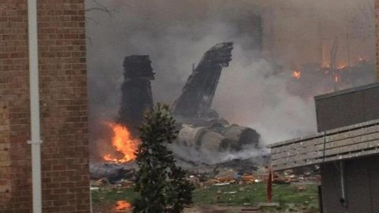 Navy jet has 'catastrophic mechanical malfunction,' hits apartments in Virginia