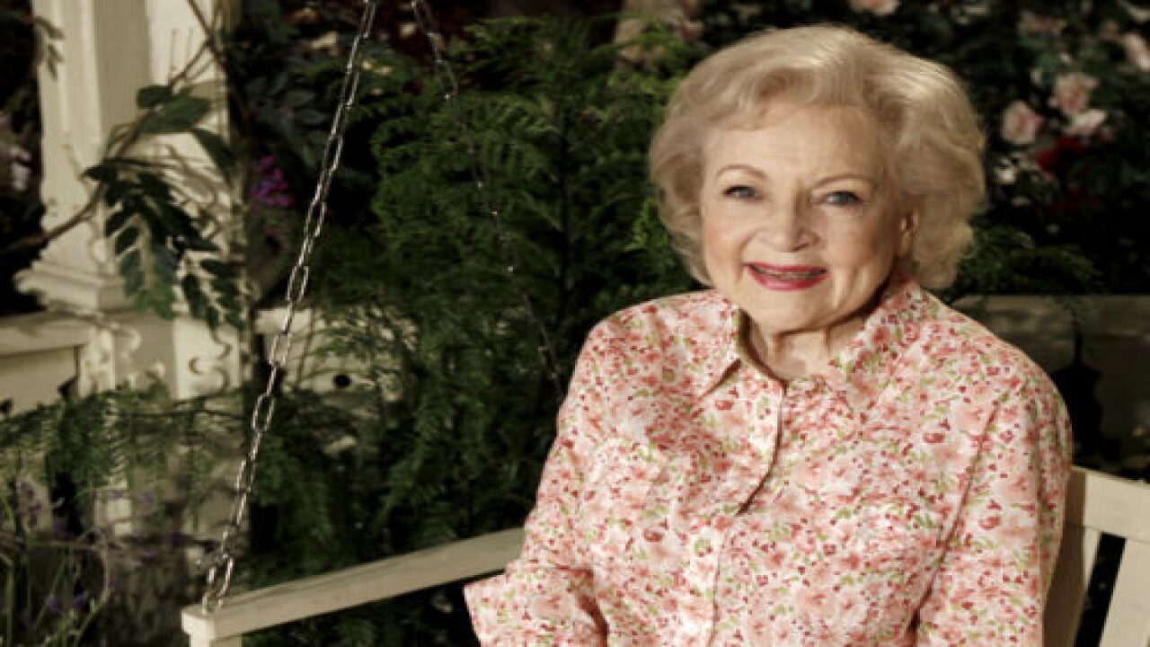 Betty White Will Star In Lifetime Christmas Movie This Year