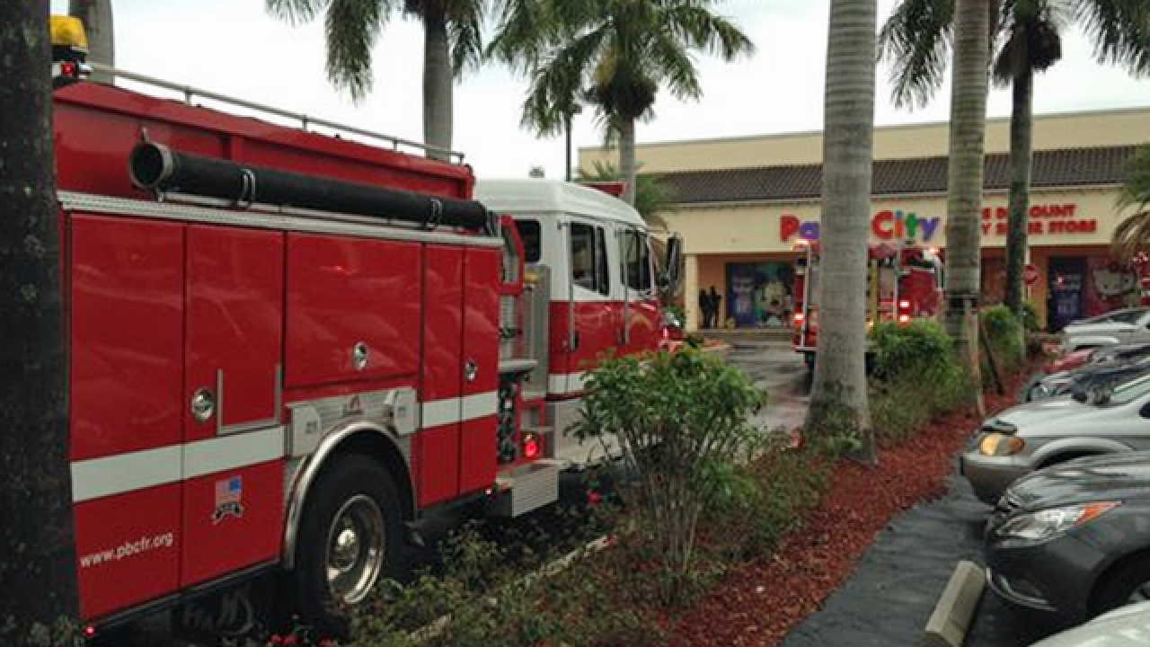 Shelving collapse at Party City in suburban Boca