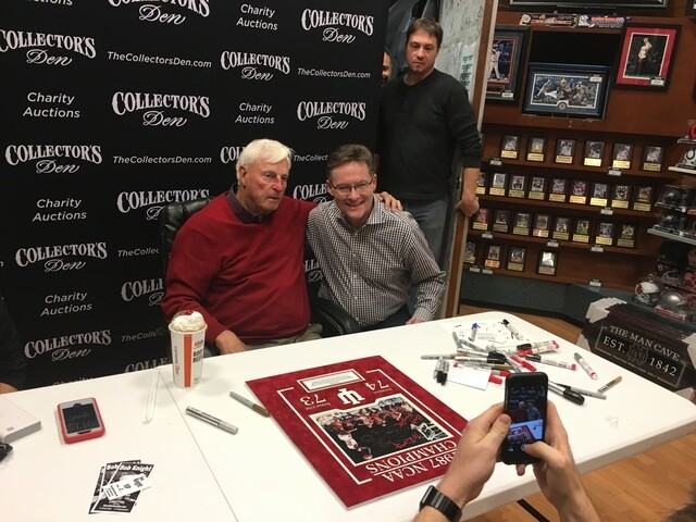 PHOTOS: Bob Knight signing at Circle Centre Mall