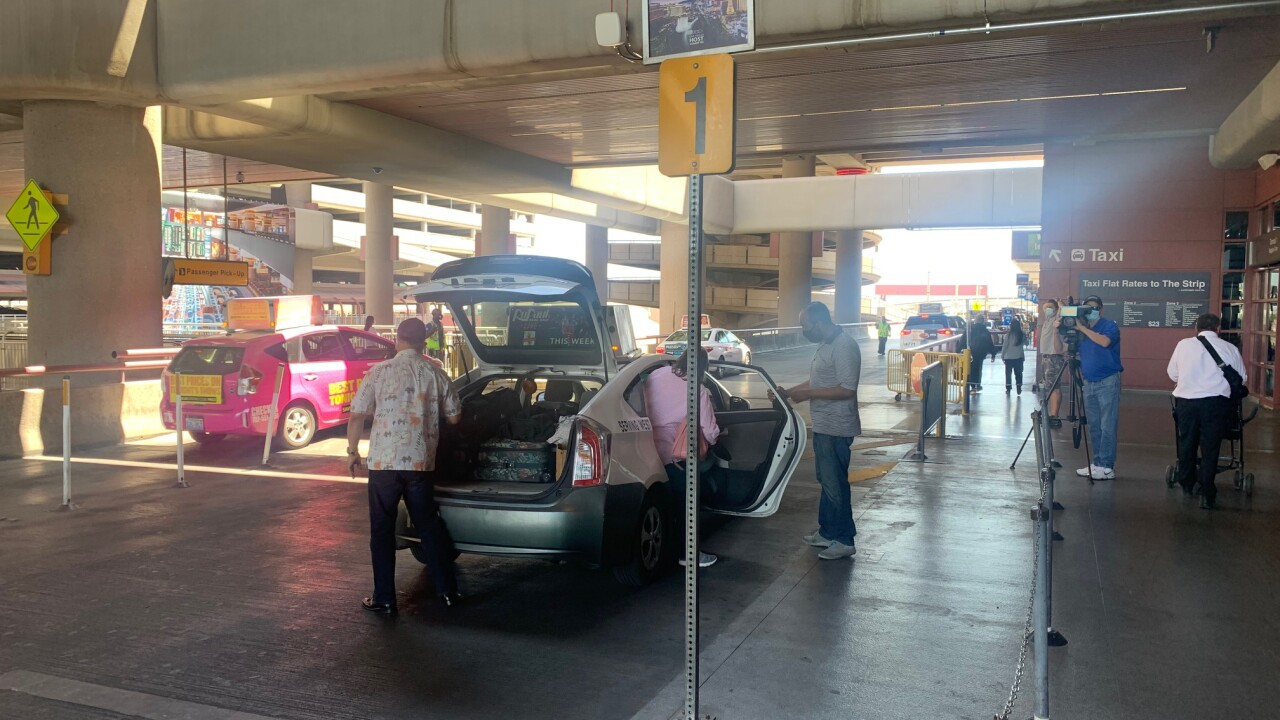 Passengers report long wait times for rideshares at McCarran Airport