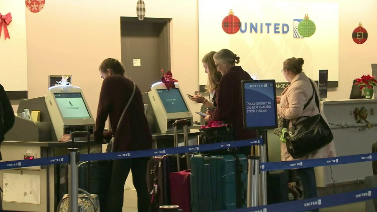 Norfolk International Airport passengers gearing up for busy holiday travelweekend