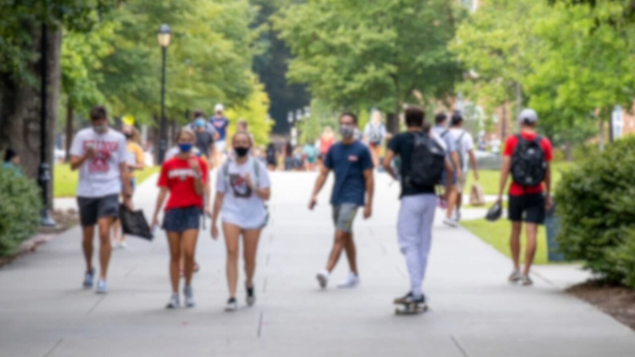 Experts explains psychology behind college students' reaction to pandemic