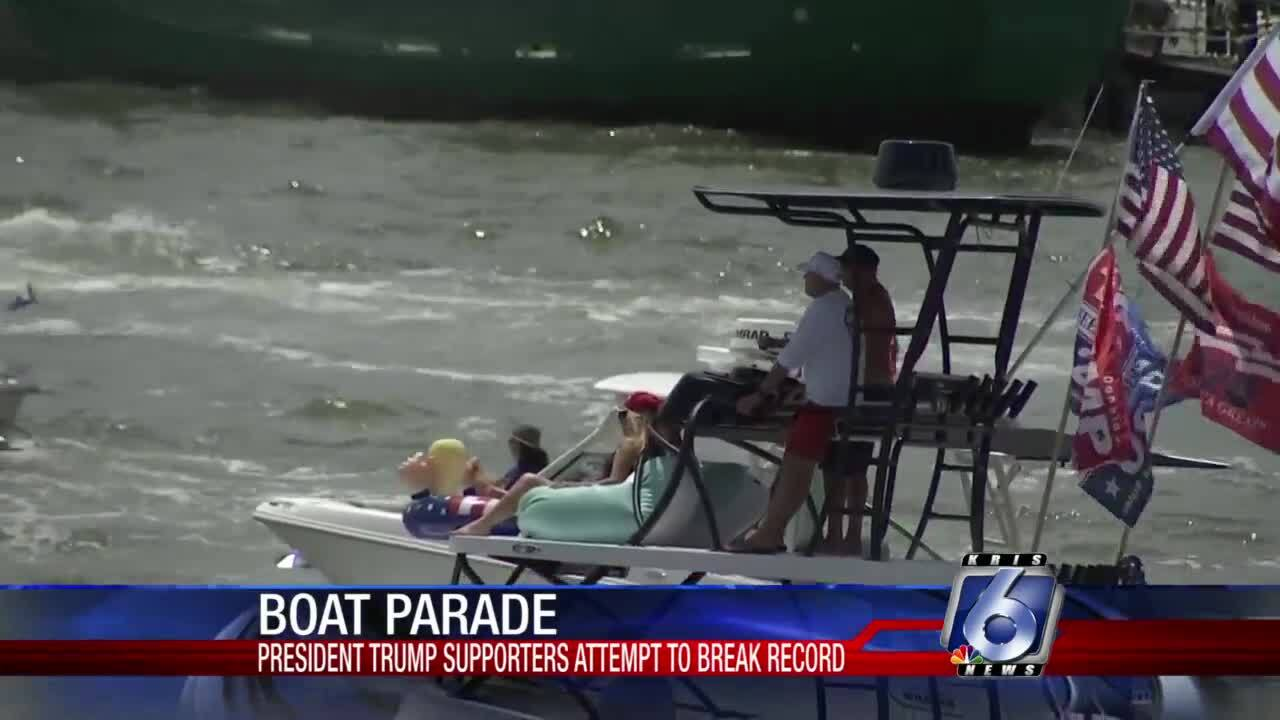 Trump-supporters-worlds-largest-boat-parade-Florida