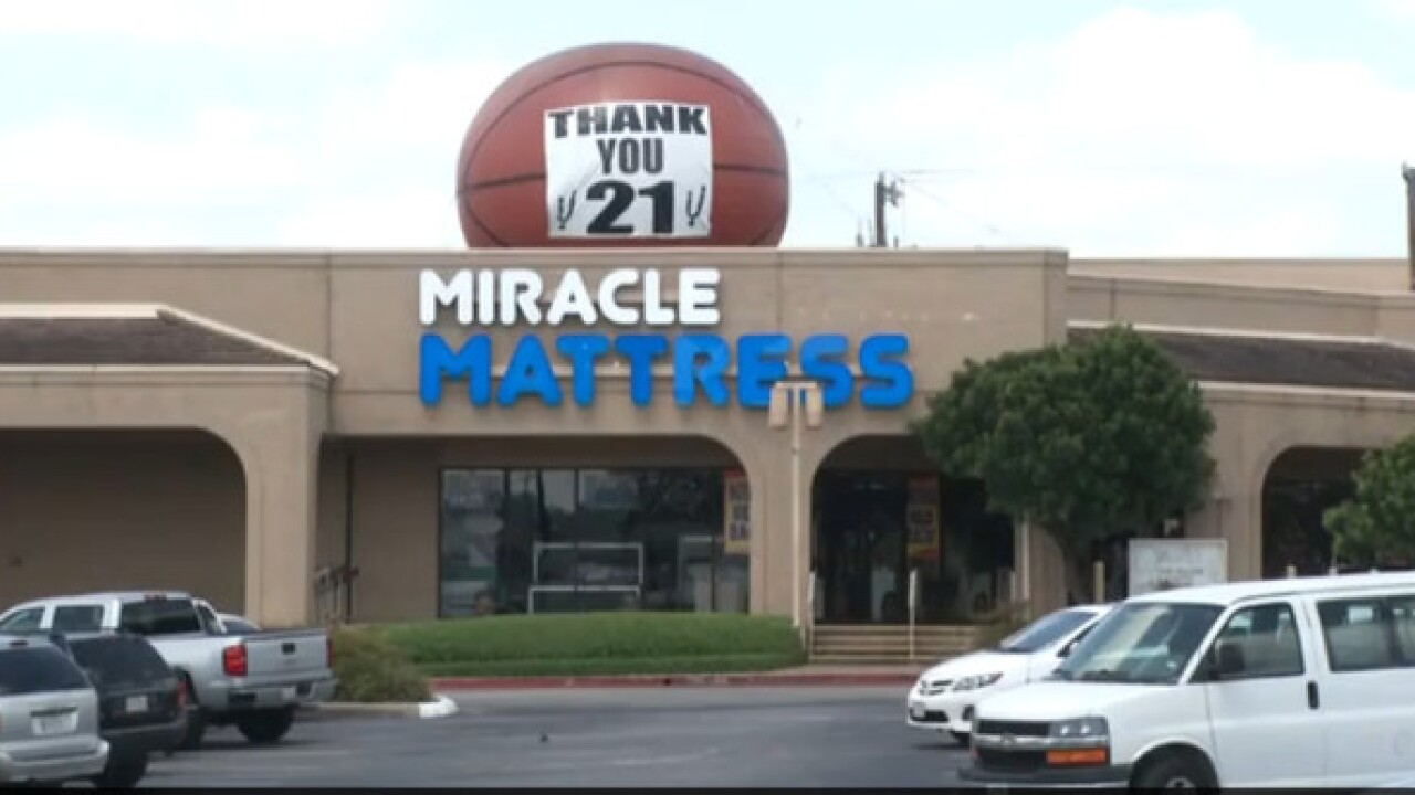 nbc twin towers sale 39 ad from texas mattress store sparks outrage. Black Bedroom Furniture Sets. Home Design Ideas