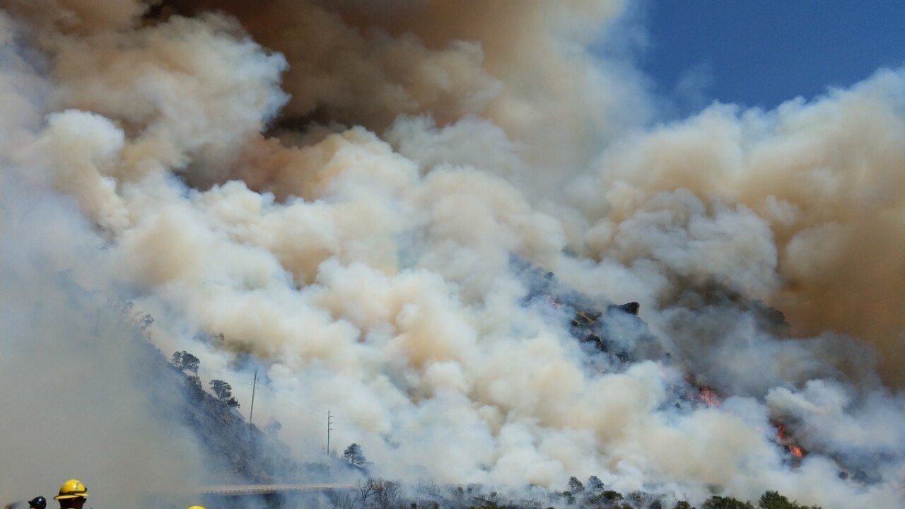 120 fire Glenwood Canyon