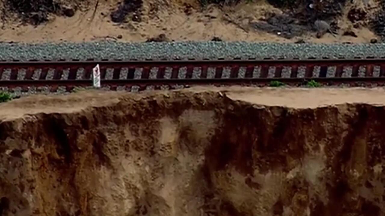 del_mar_cliff_collapse2_121018.jpg