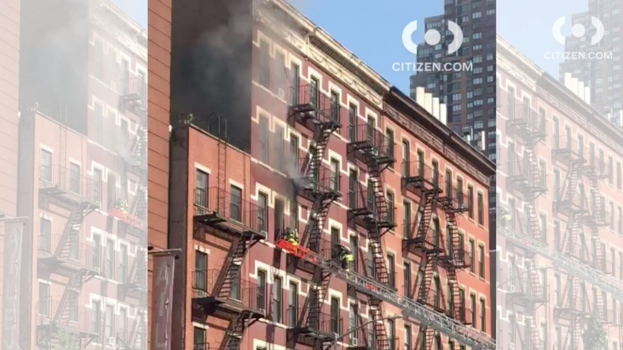 manhattan apt fire.jpg