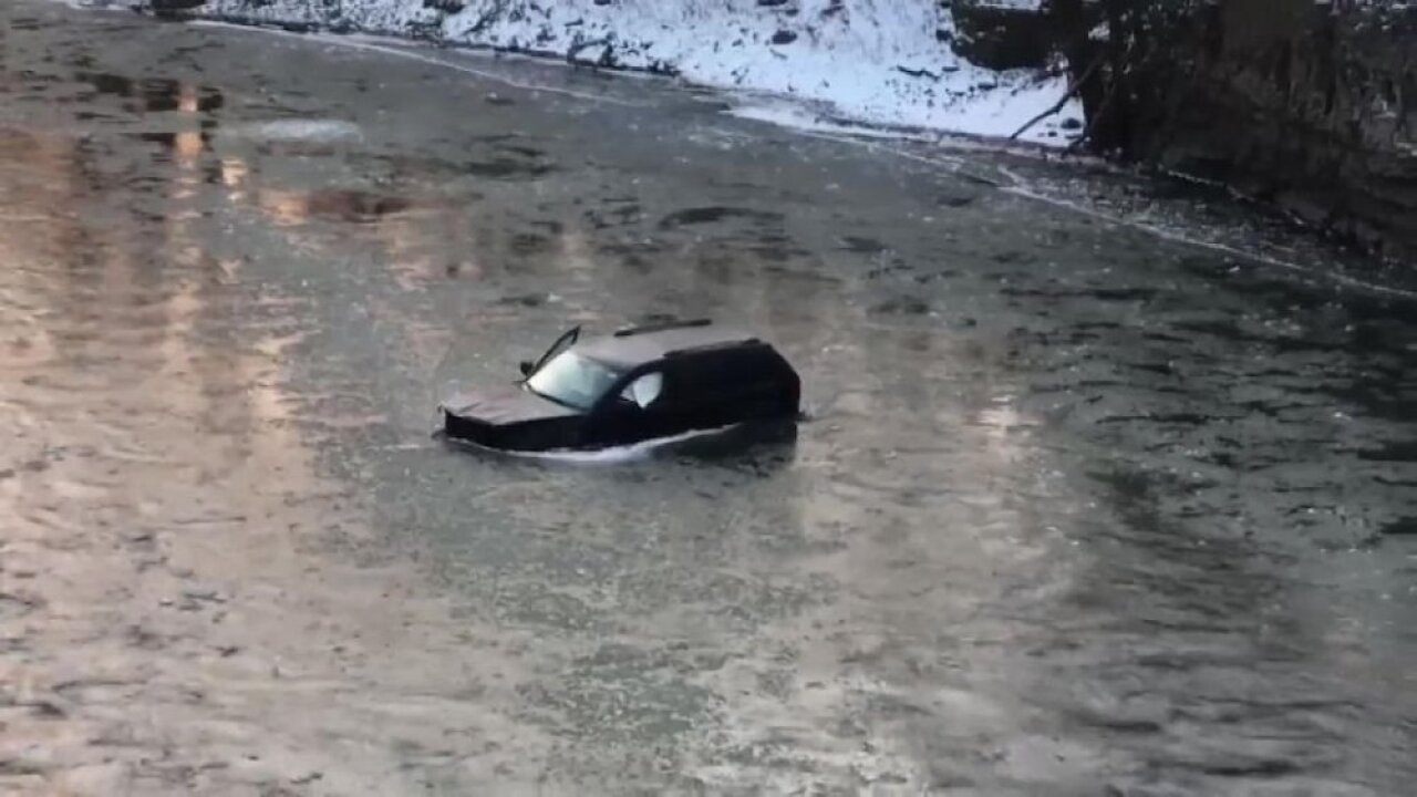 Siri saves man's life after he asked her to call 911 when his car slipped into an icy river
