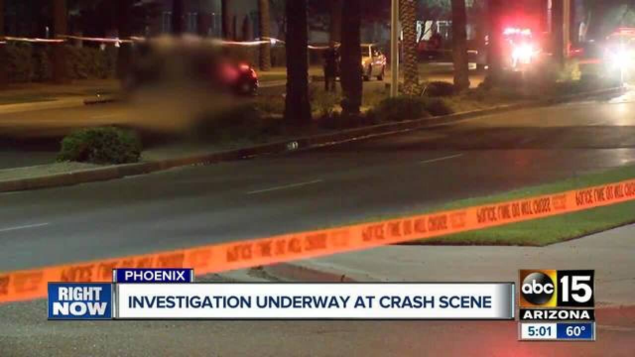 phoenix police: 1 dead, 1 injured after car crashes into tree near