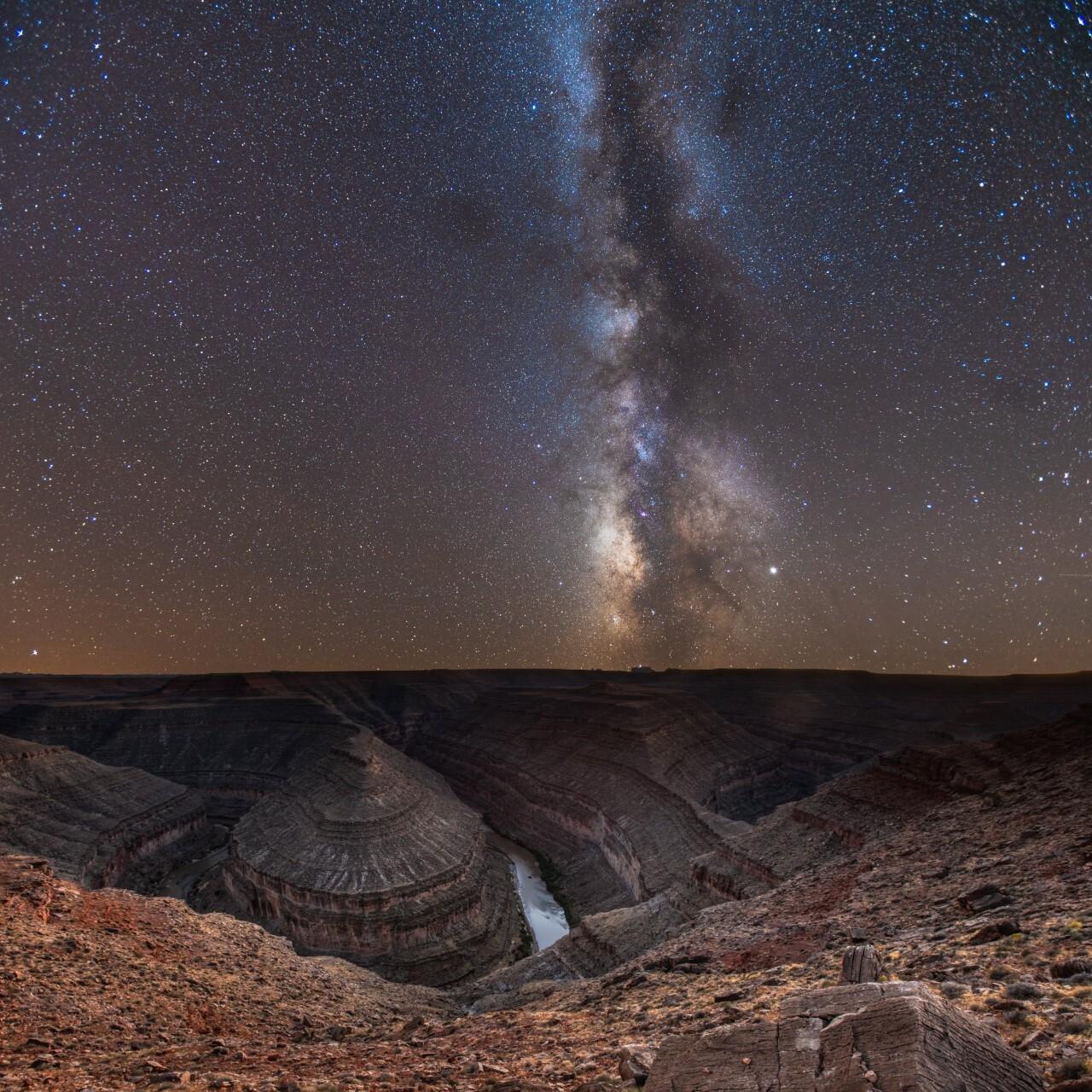 Milky Way over Goosenecks State Park