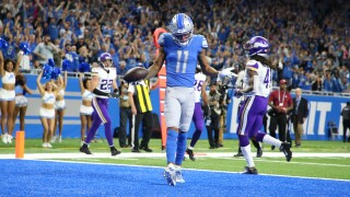 Marvin Jones catches four TD passes in Lions loss to Vikings
