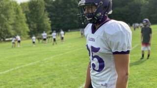 Mason Klotz back to playing football for first time since eighth grade