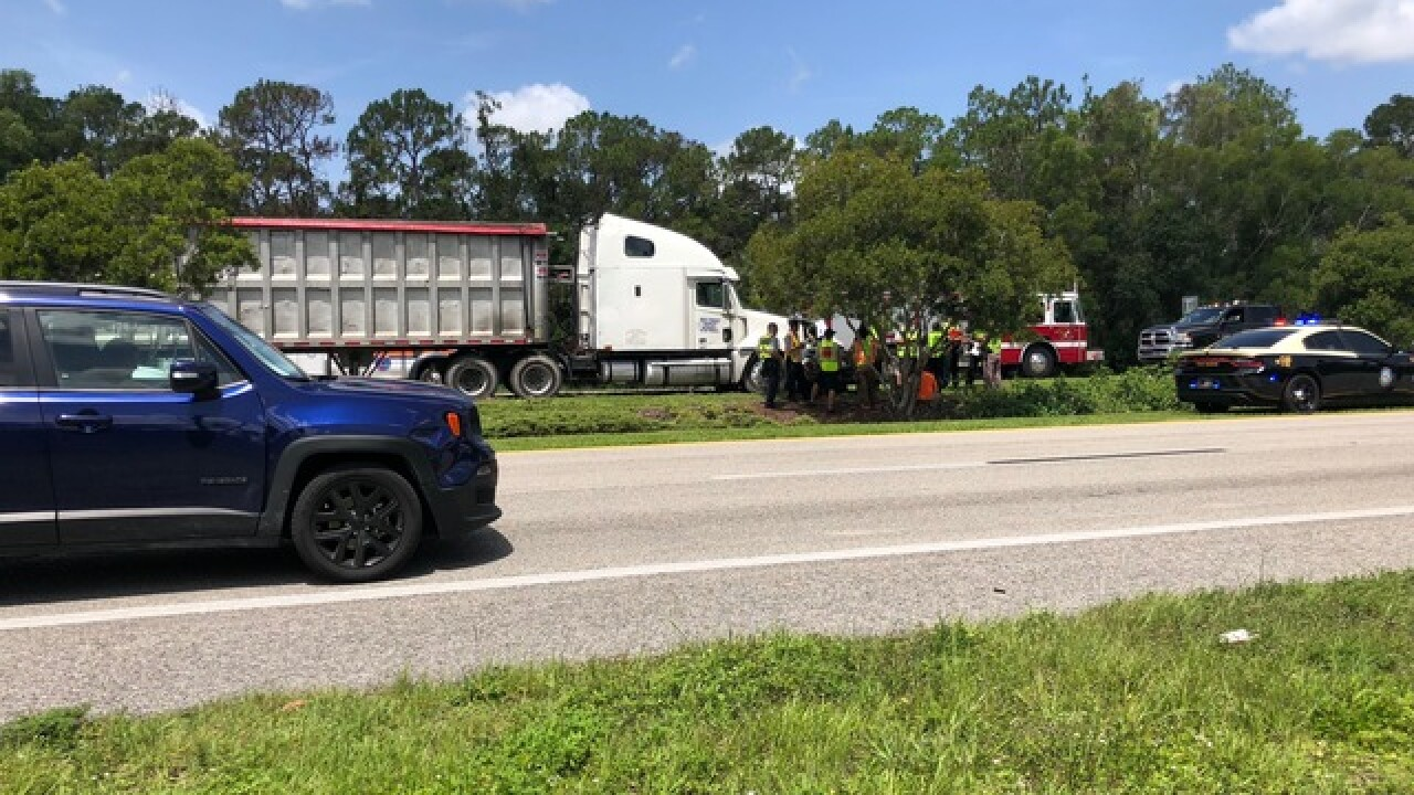 Fatality in crash on U.S. 41 in N. Fort Myers