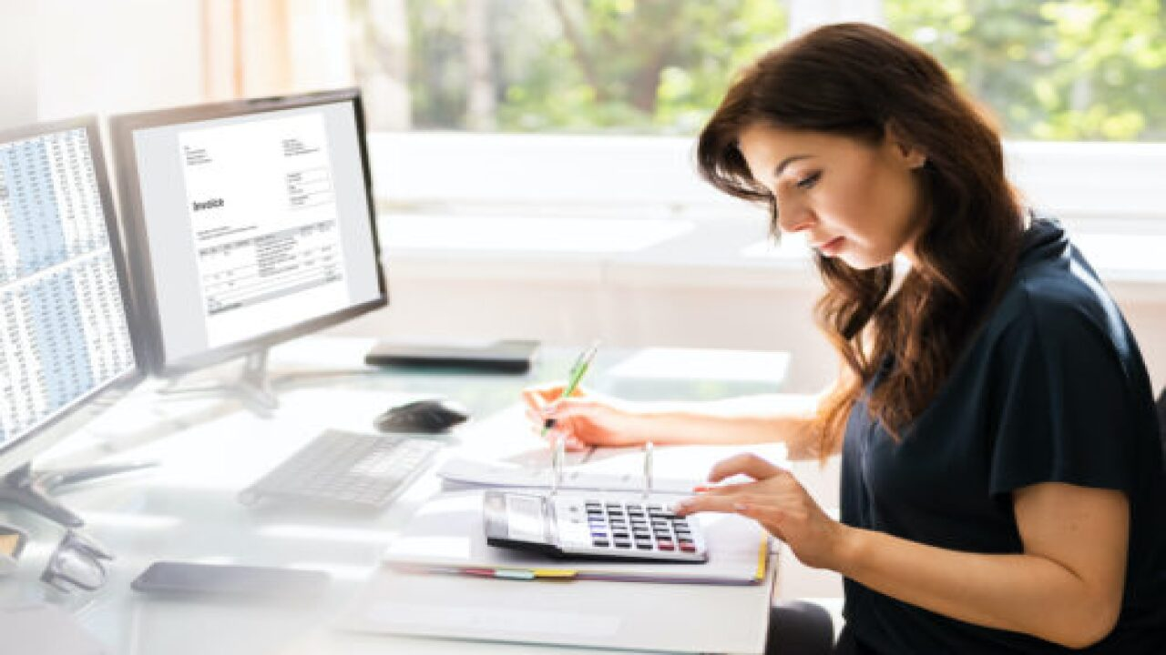 How To Start A Lucrative Online Bookkeeping Business