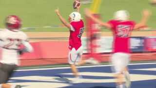 Big plays early lift No. 15 ThunderWolves to 48-22 Homecoming win versus Mavericks