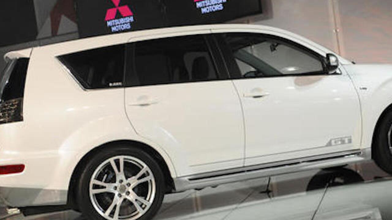 Mitsubishi recalls 2 SUV models to fix windshield wipers