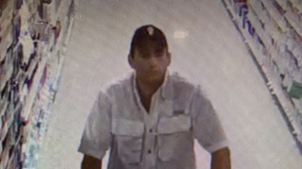 publix grand theft suspect 3.jpg