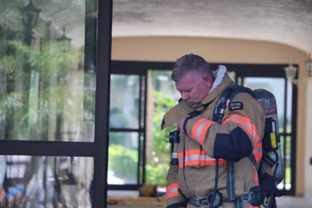 Creciente Condominiums evacuated due to fire