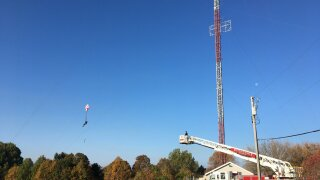 Man tries to base jump off Wisconsin cell tower, has to call 911 after getting caught in the wires