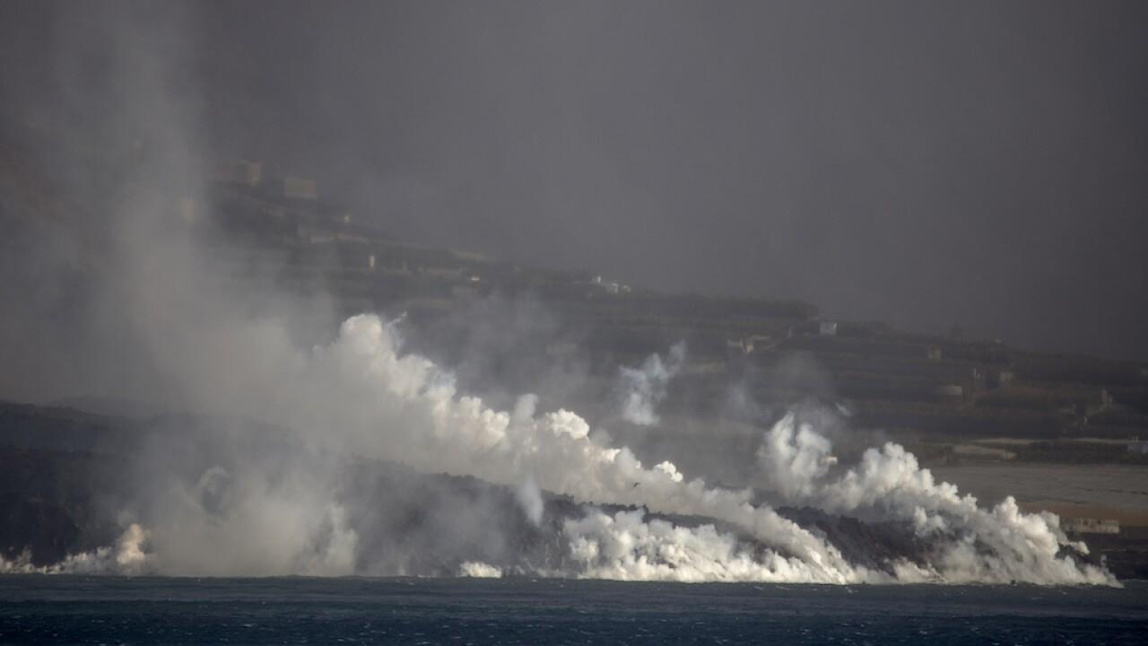 Spain Volcano Lava reaches ocean