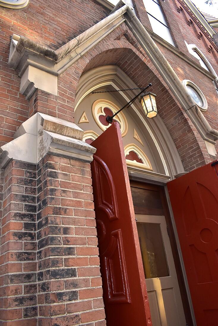 Prince_of_Peace_Lutheran_Church_exterior.jpg
