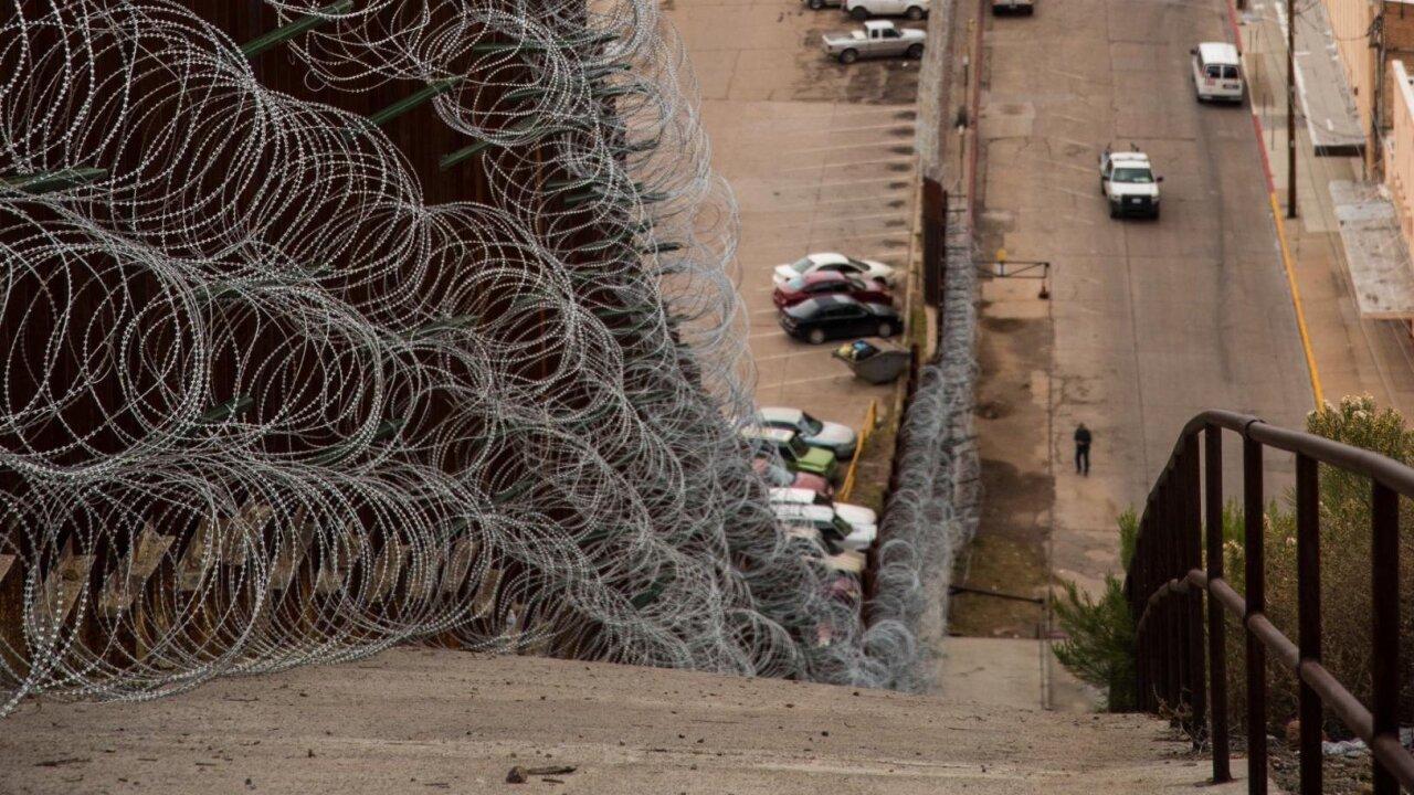Arizona Town Wants Federal Government To Remove Razor Wire