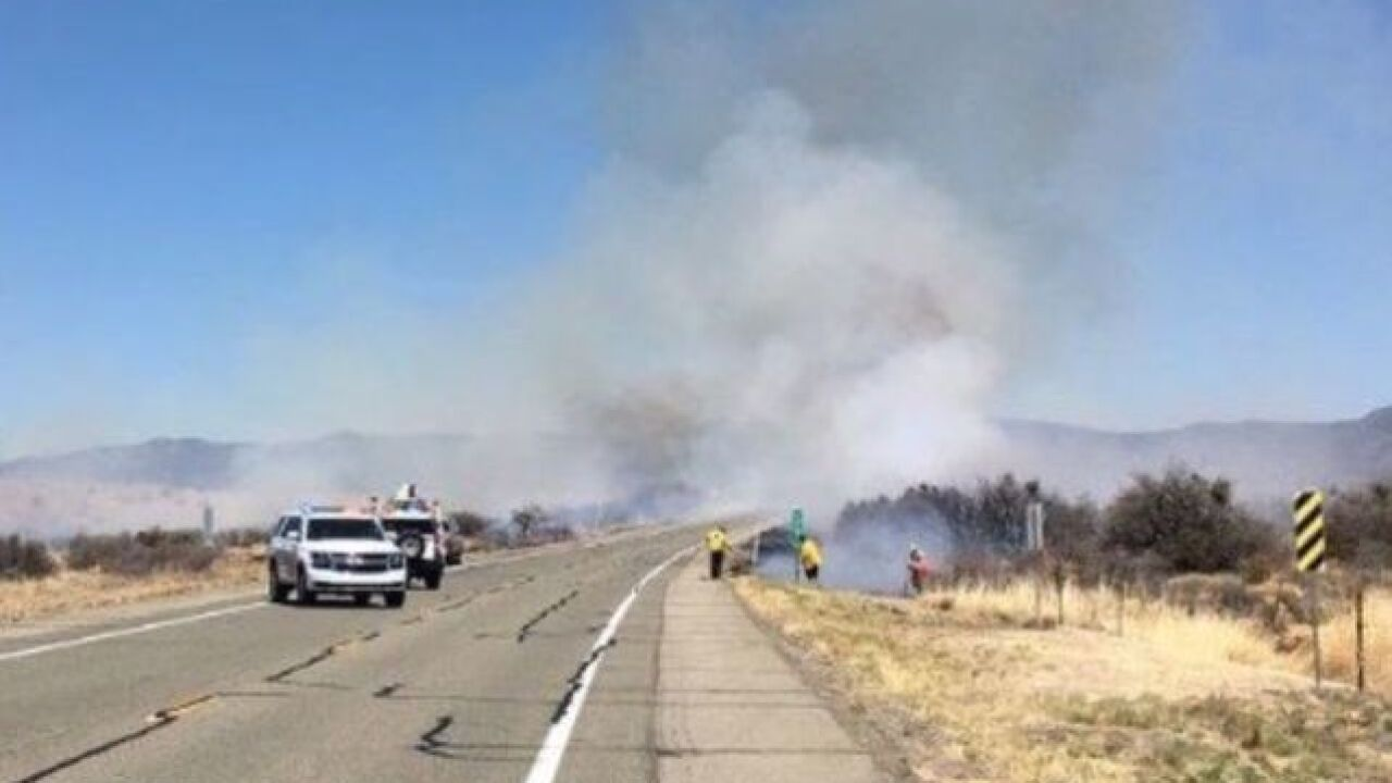 Wildfire closes State Route 89 south of Prescott