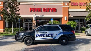 5 guys arrested after fight at Five Guys in Florida