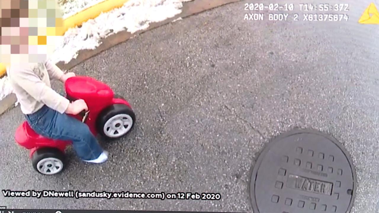 Good Samaritan rescues 2-year-old child found wandering street in Sandusky