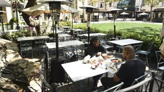 Los Angeles County shuts down all in-person dining at restaurants for 3 weeks as cases spike