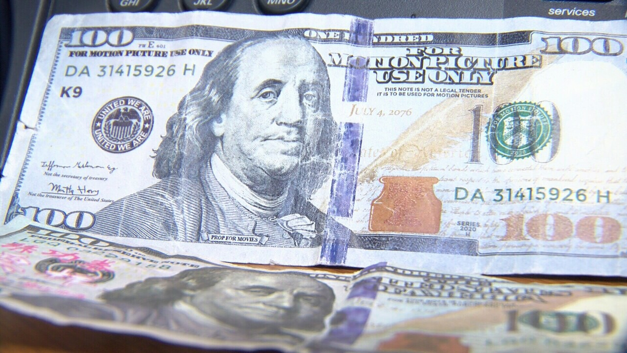 'Tis the season to look out for counterfeit money