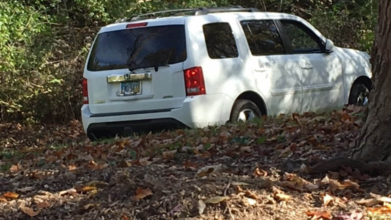 Deputies searching for SUV that struck officer