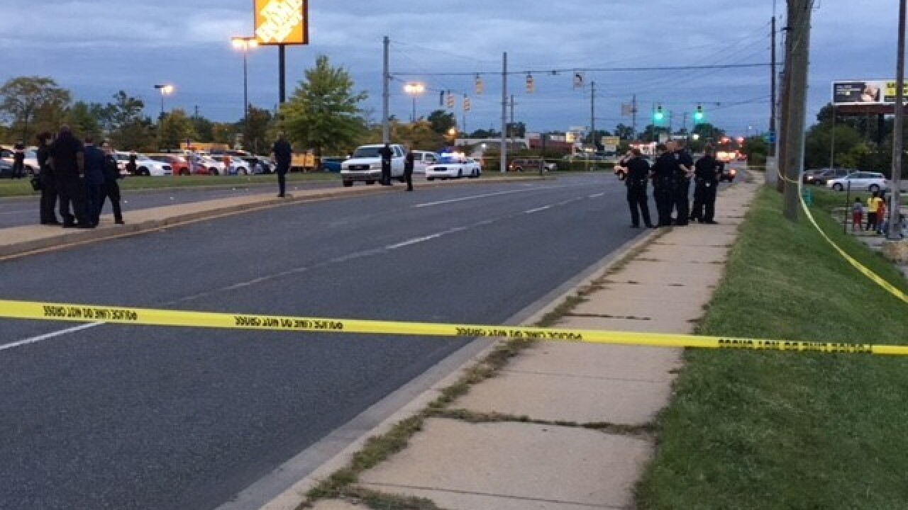 Man shot and killed in car on northwest side