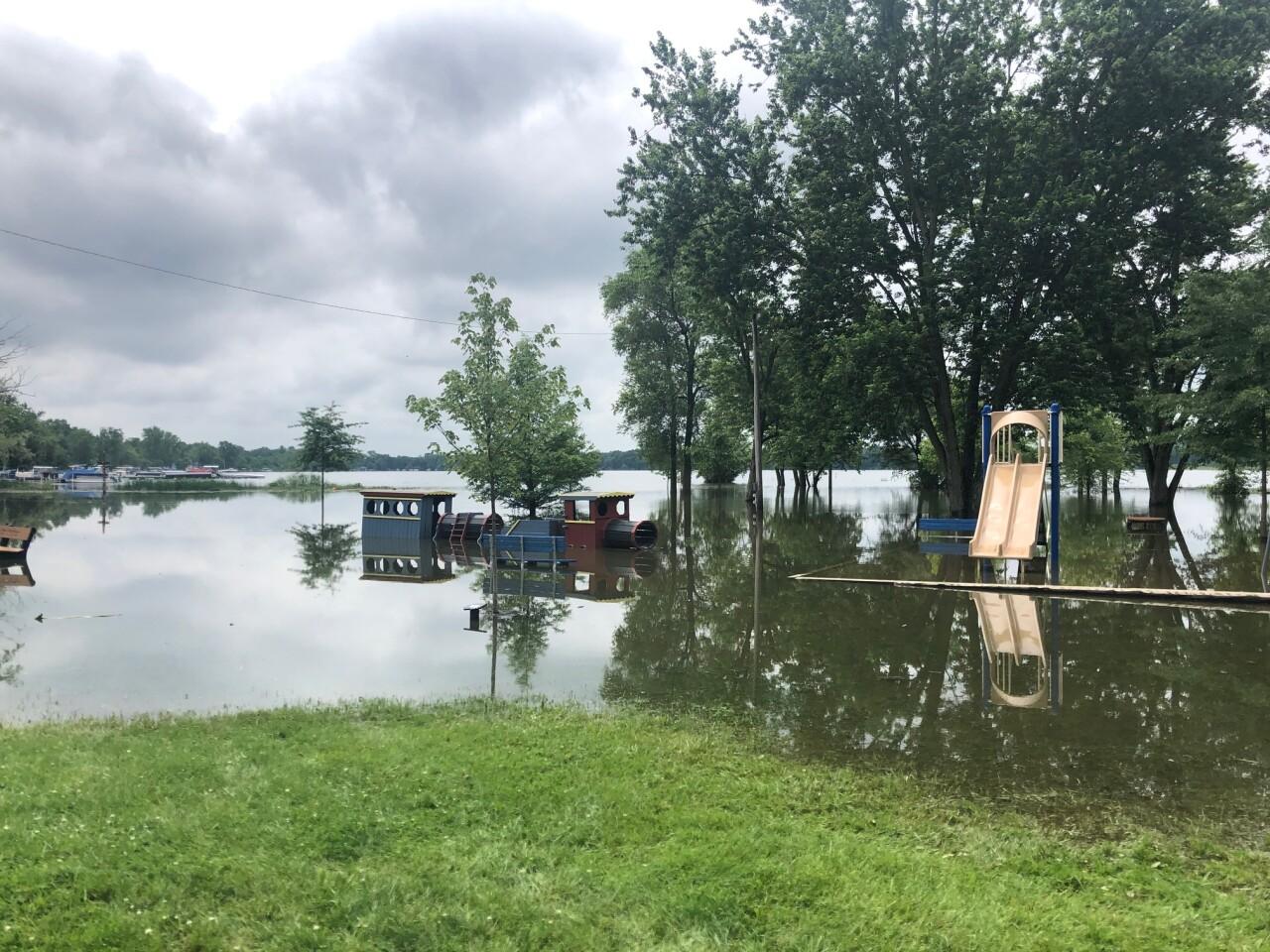lake chippewa flooding 5