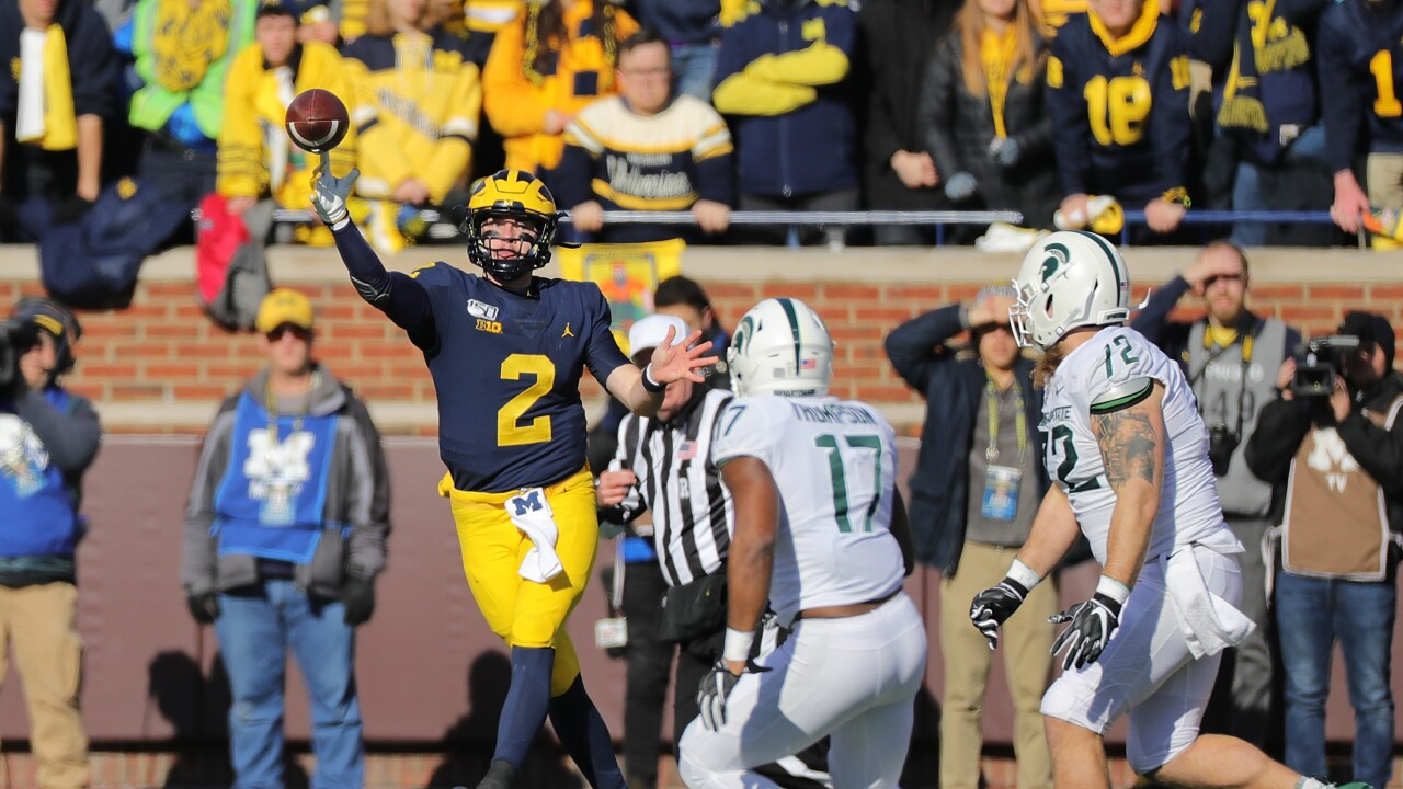 Michigan Up Two Spots To No 13 In College Football Playoff