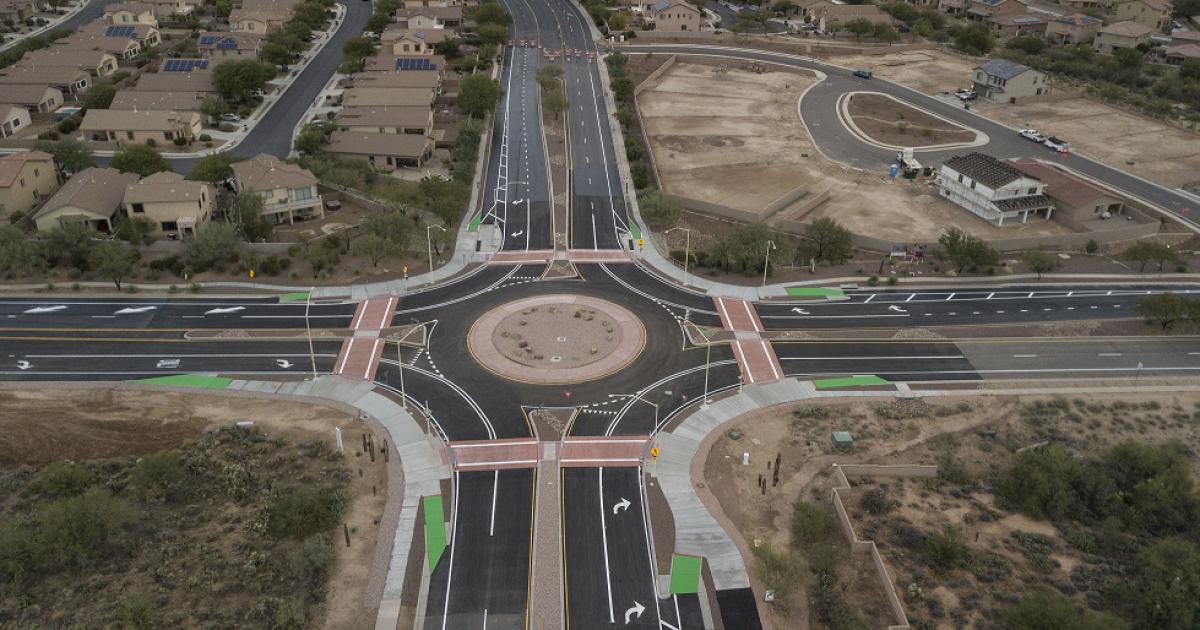 Oro Valley Moore-La Canada roundabout opens