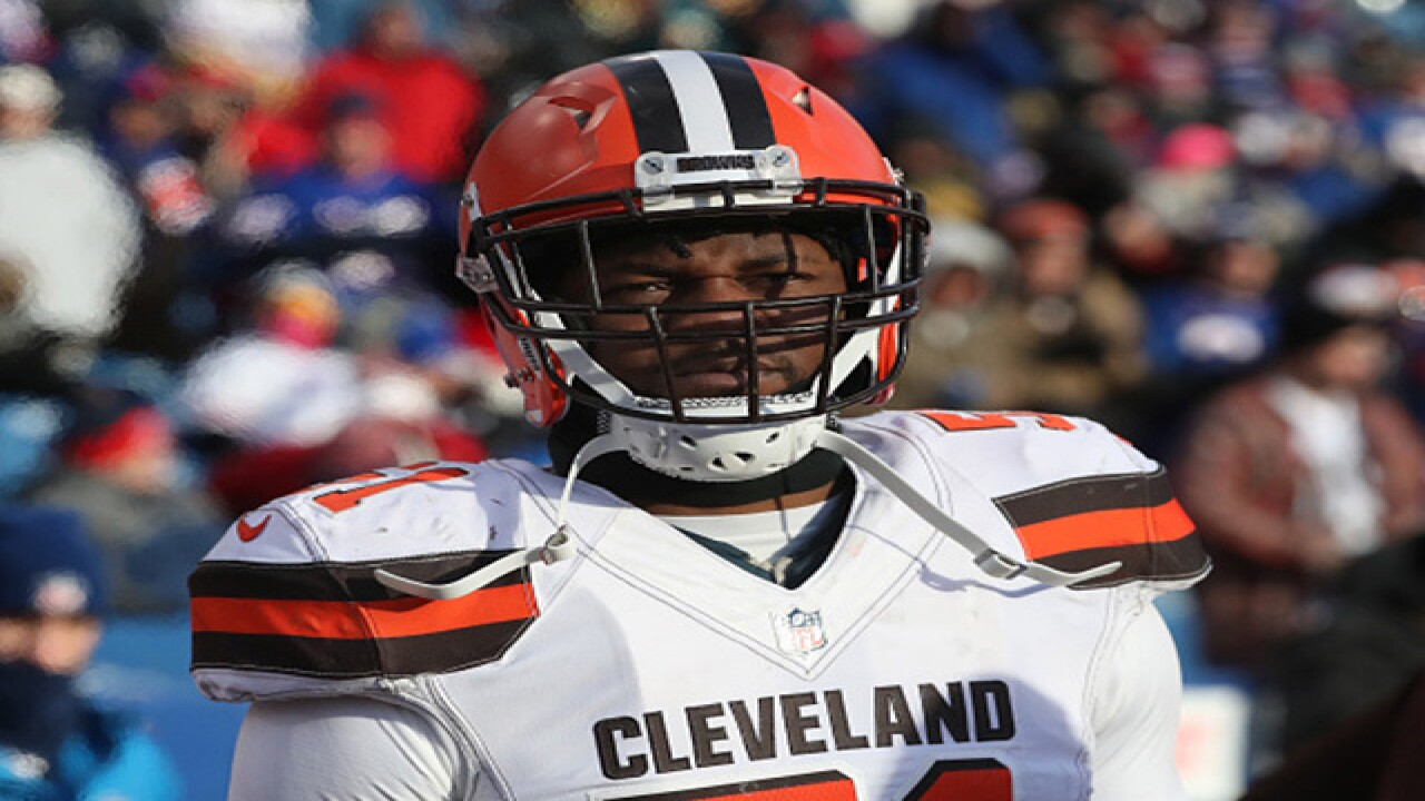 check out f2426 b3070 Cleveland Browns sign linebacker Jamie Collins Sr. to new ...