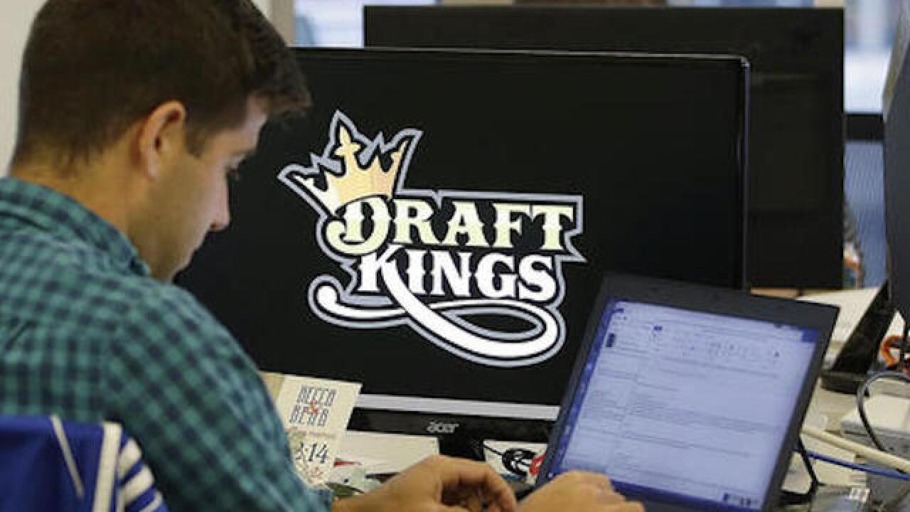DraftKings, FanDuel agree to merger