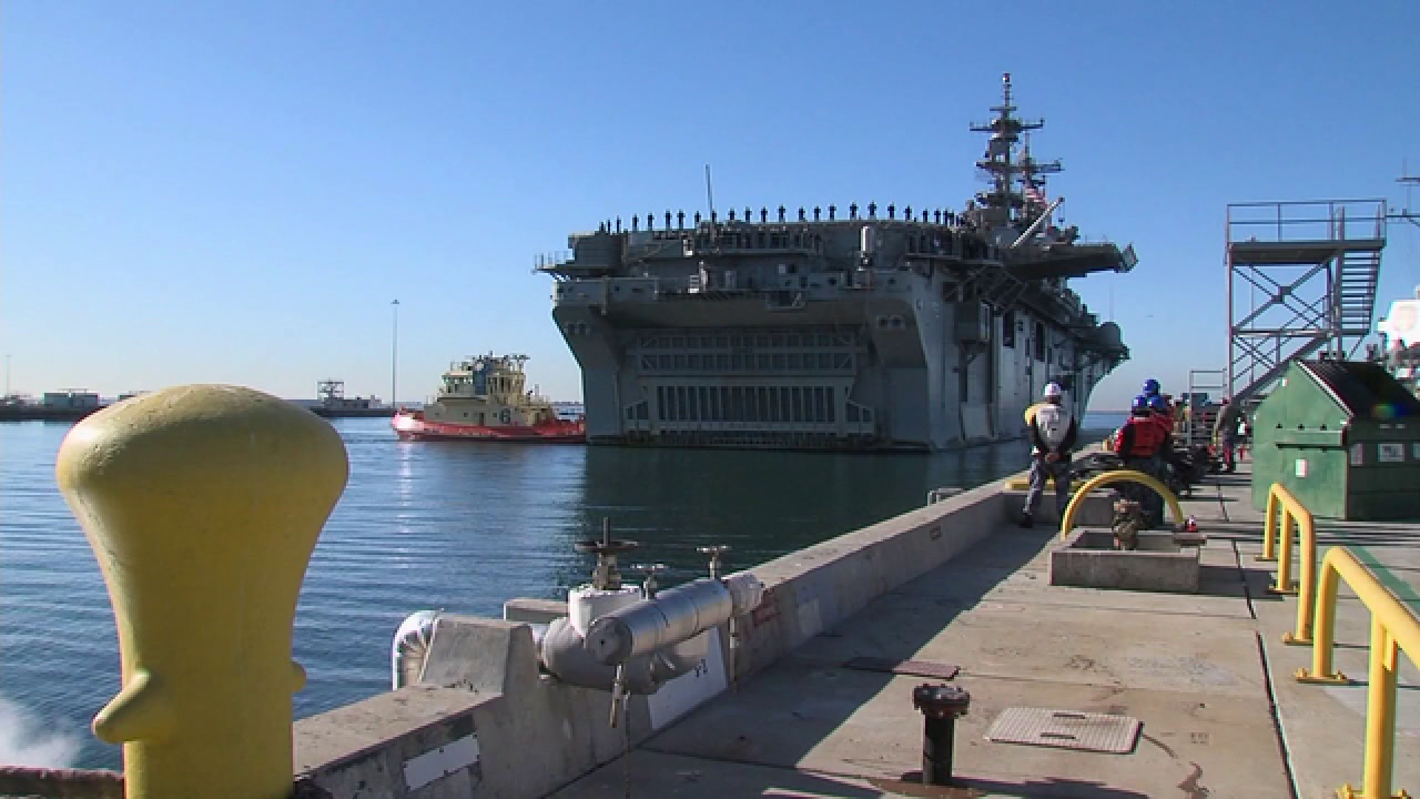 USS Essex group arrives home to big greeting