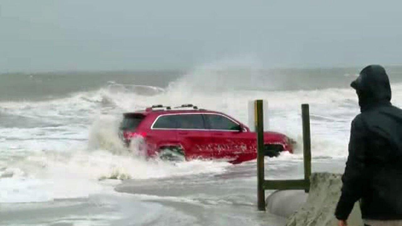 wptv-jeep-myrtle-beach-ocean-.jpg