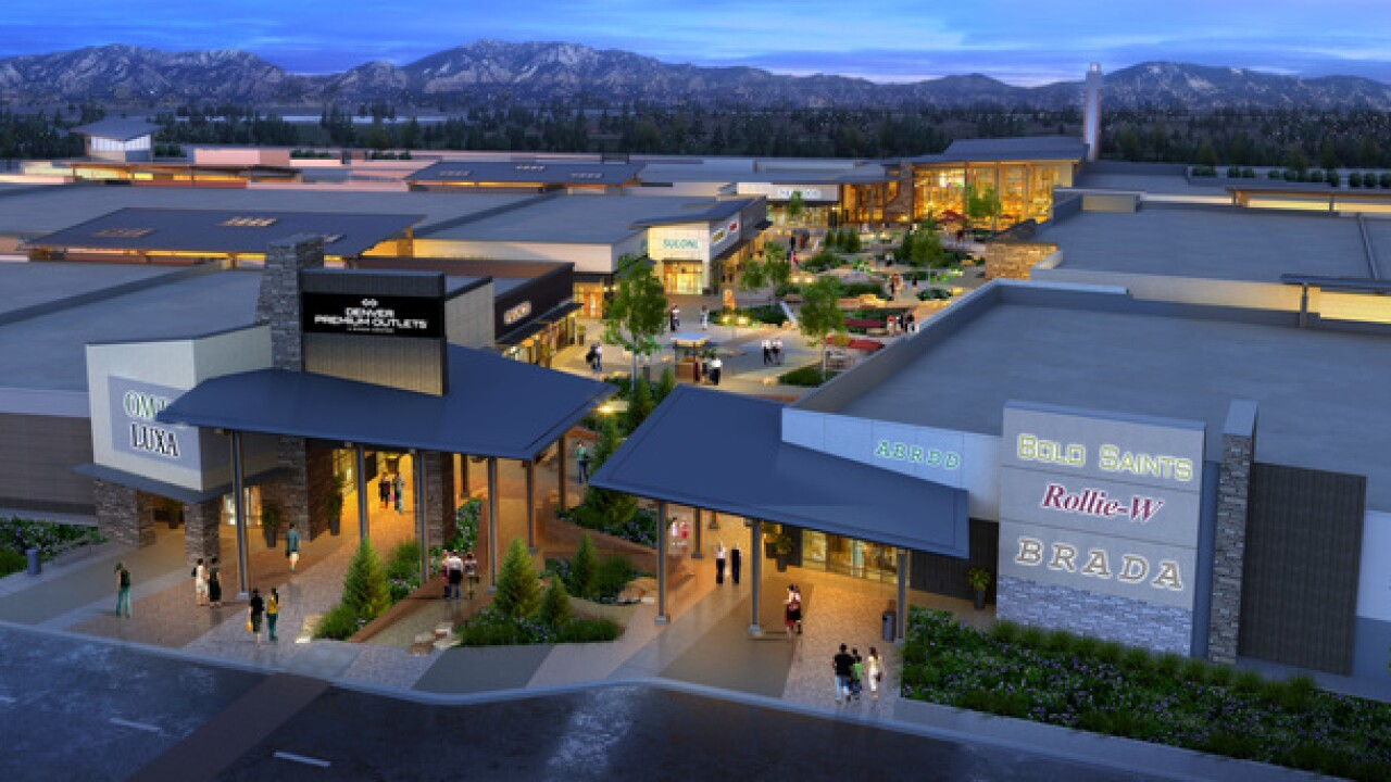 Crews break ground on outlet mall in Thornton