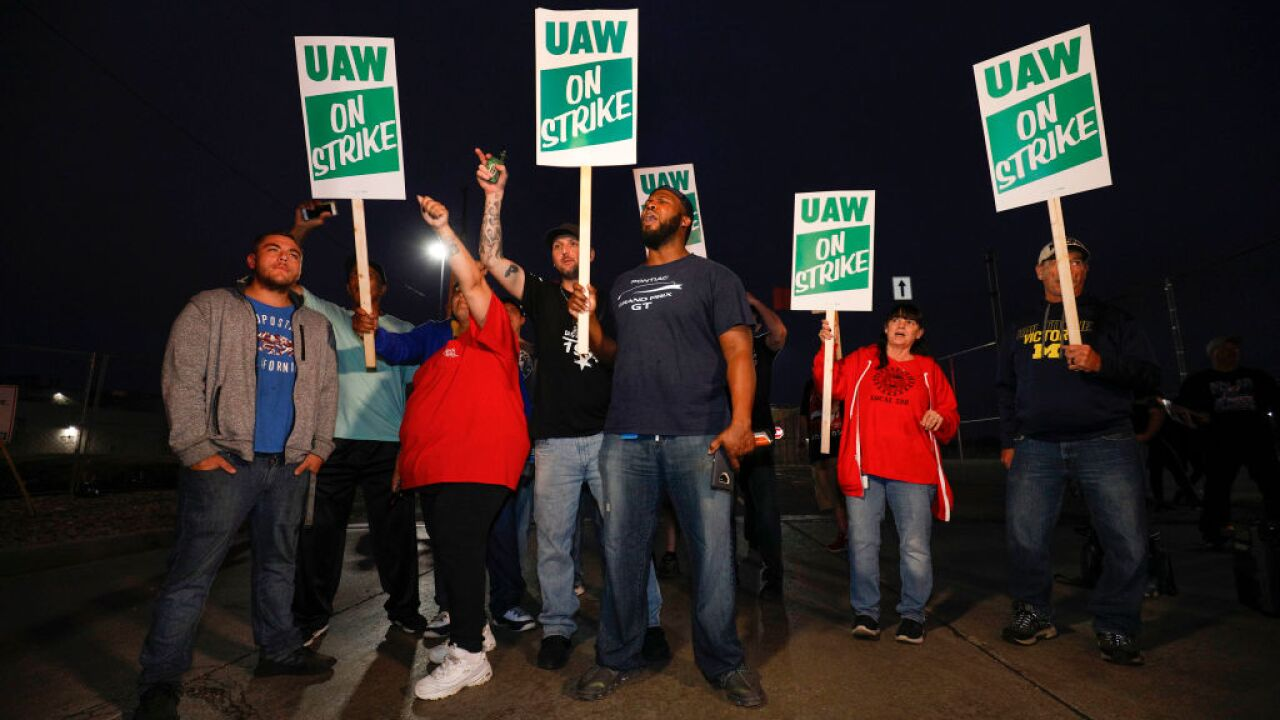 United Auto Workers Begin Largest National Strike Since 1982