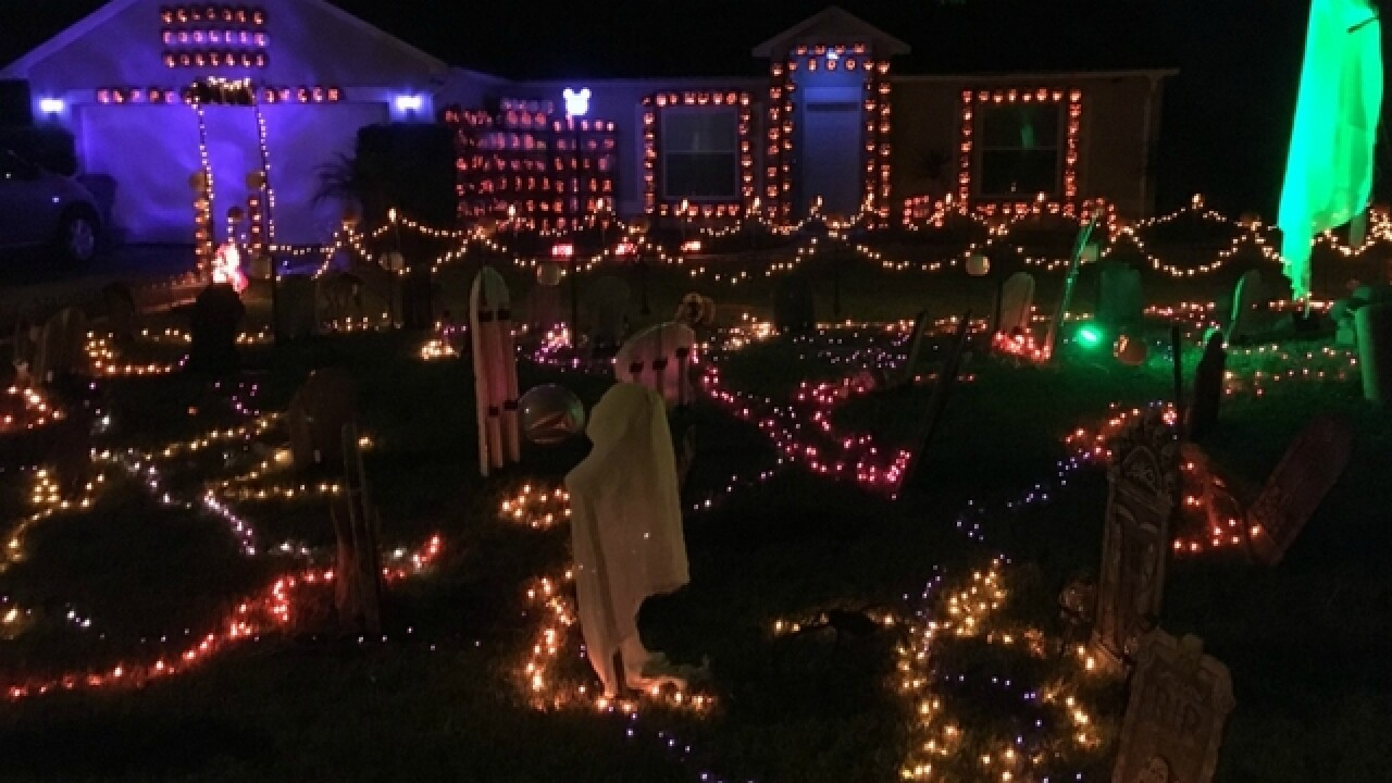 Disney World Employee Helps Wife Fight Lung Cancer With Inventive Pumpkin House Display